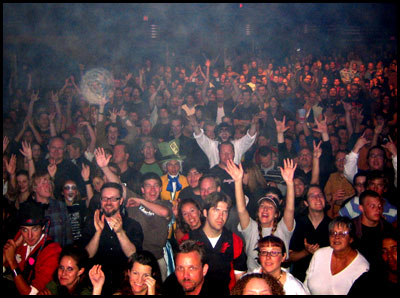 vatos2005crowd.jpg